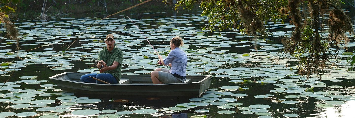 Texas guest ranch private cabins discover blisswood for Fishing spots in austin tx