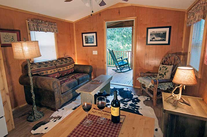 Sunset Pond Cabin living room