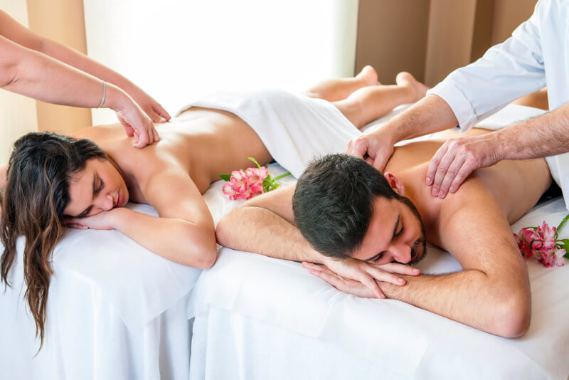 Relaxing couples massage at Texas bed and breakfast ranch