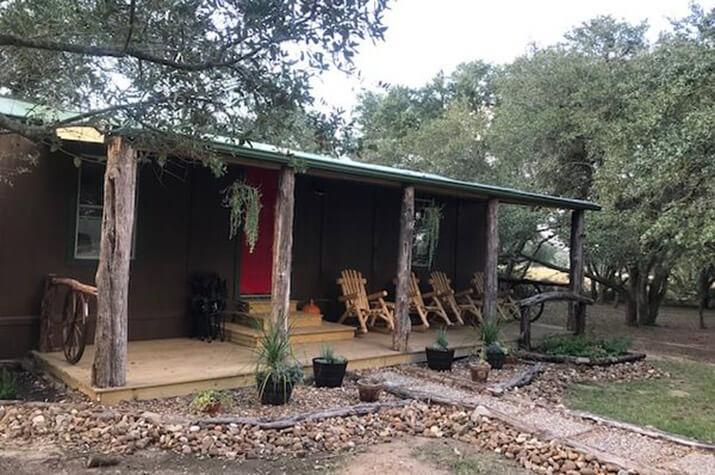 Hideaway Cabin exterior view