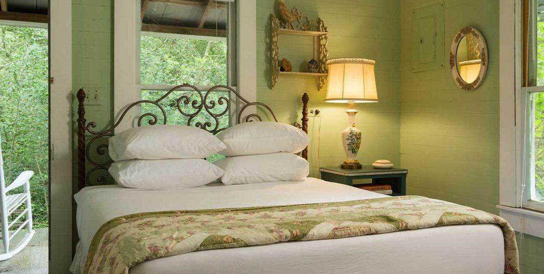 Bluebonnet Bungalow bedroom