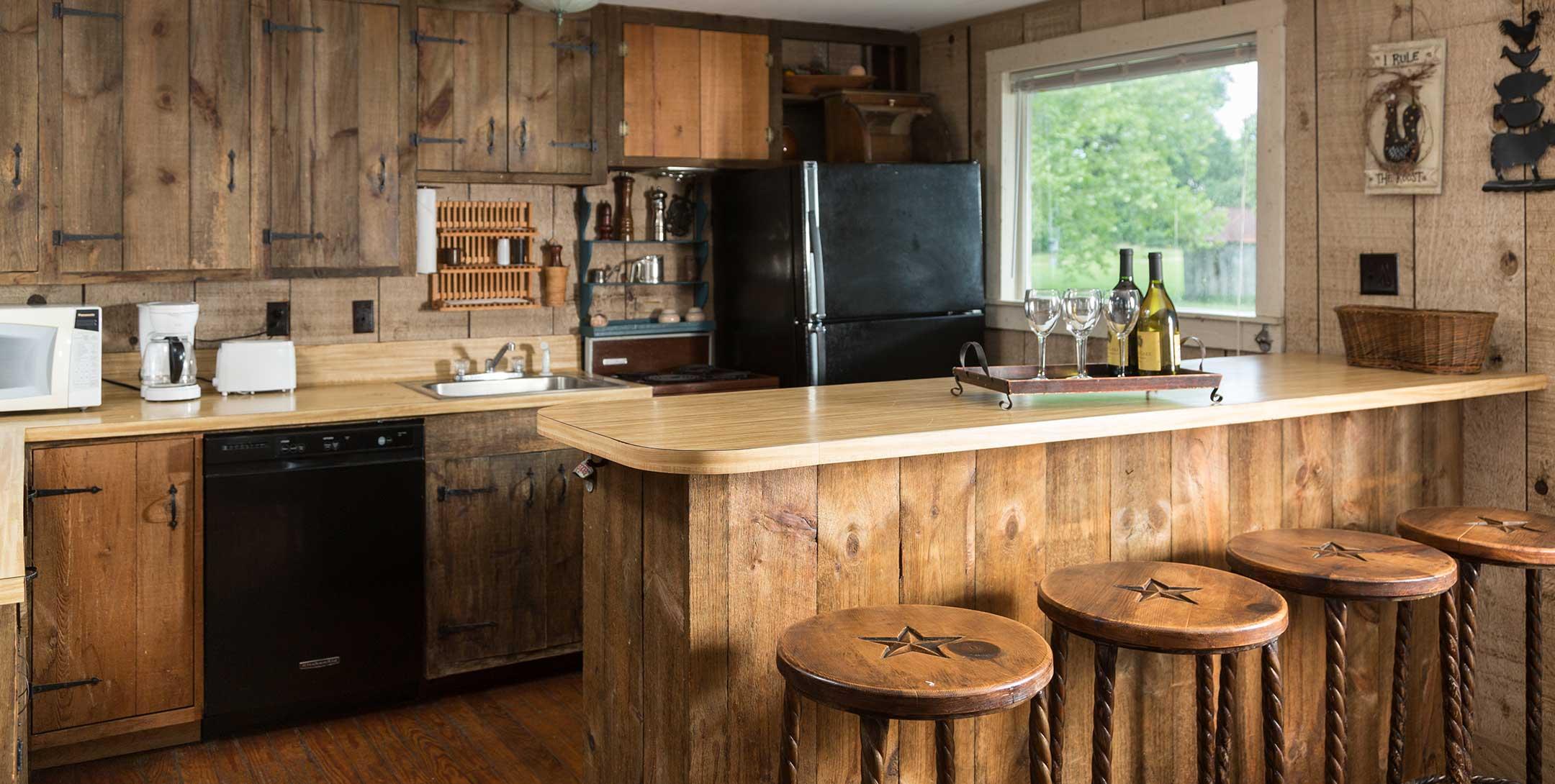 Dog Trot House Cozy Loft Suite kitchen