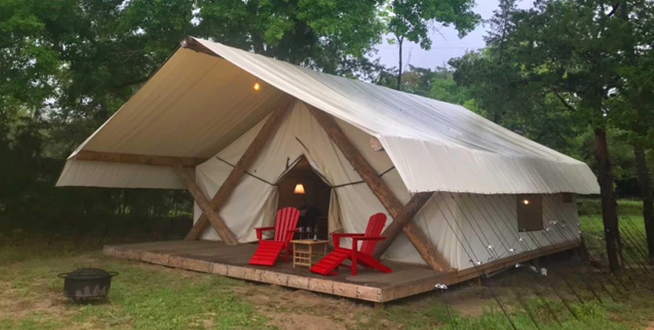 Grand Safari Tent exterior