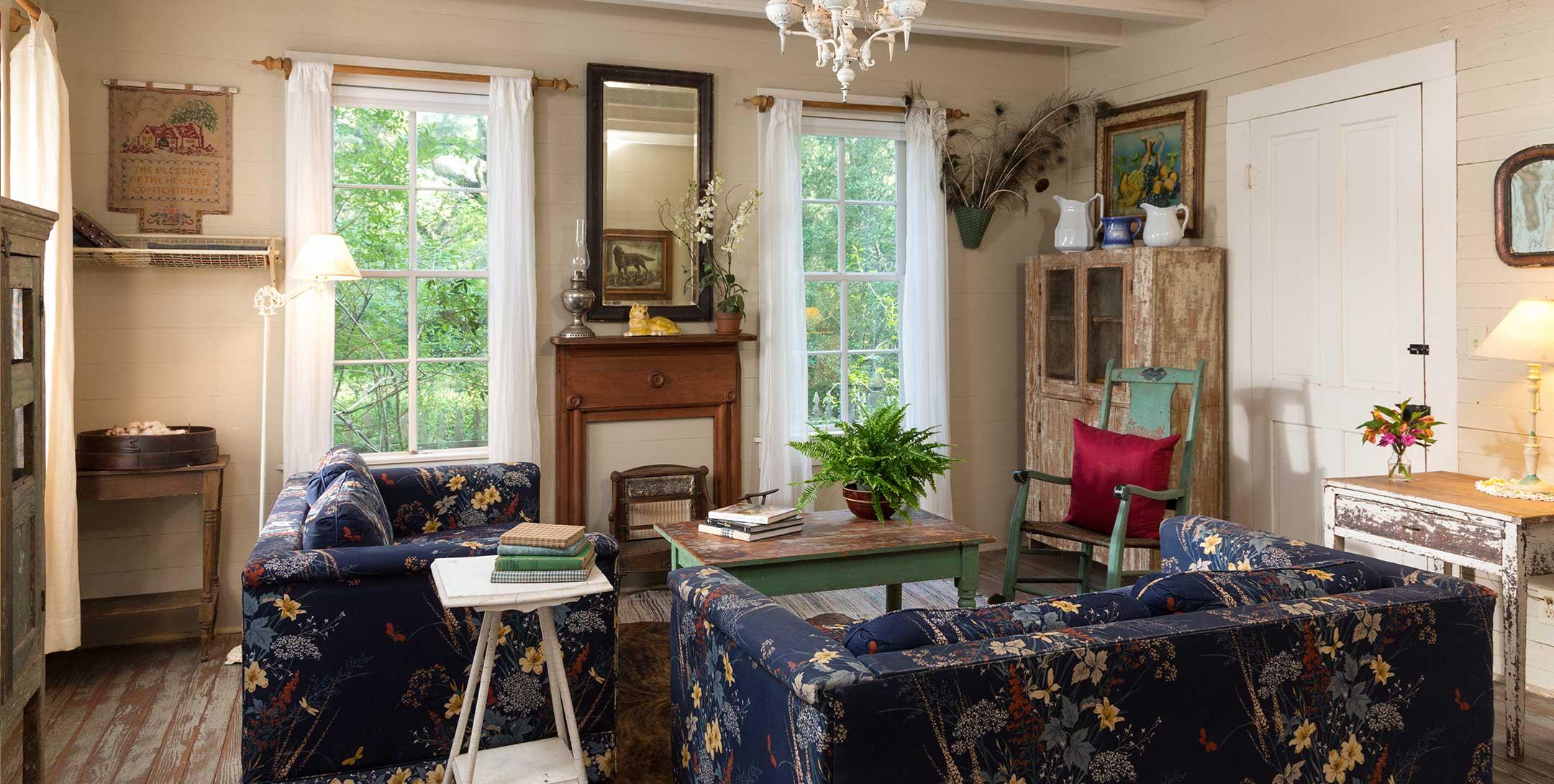 Texas Farm House livingroom