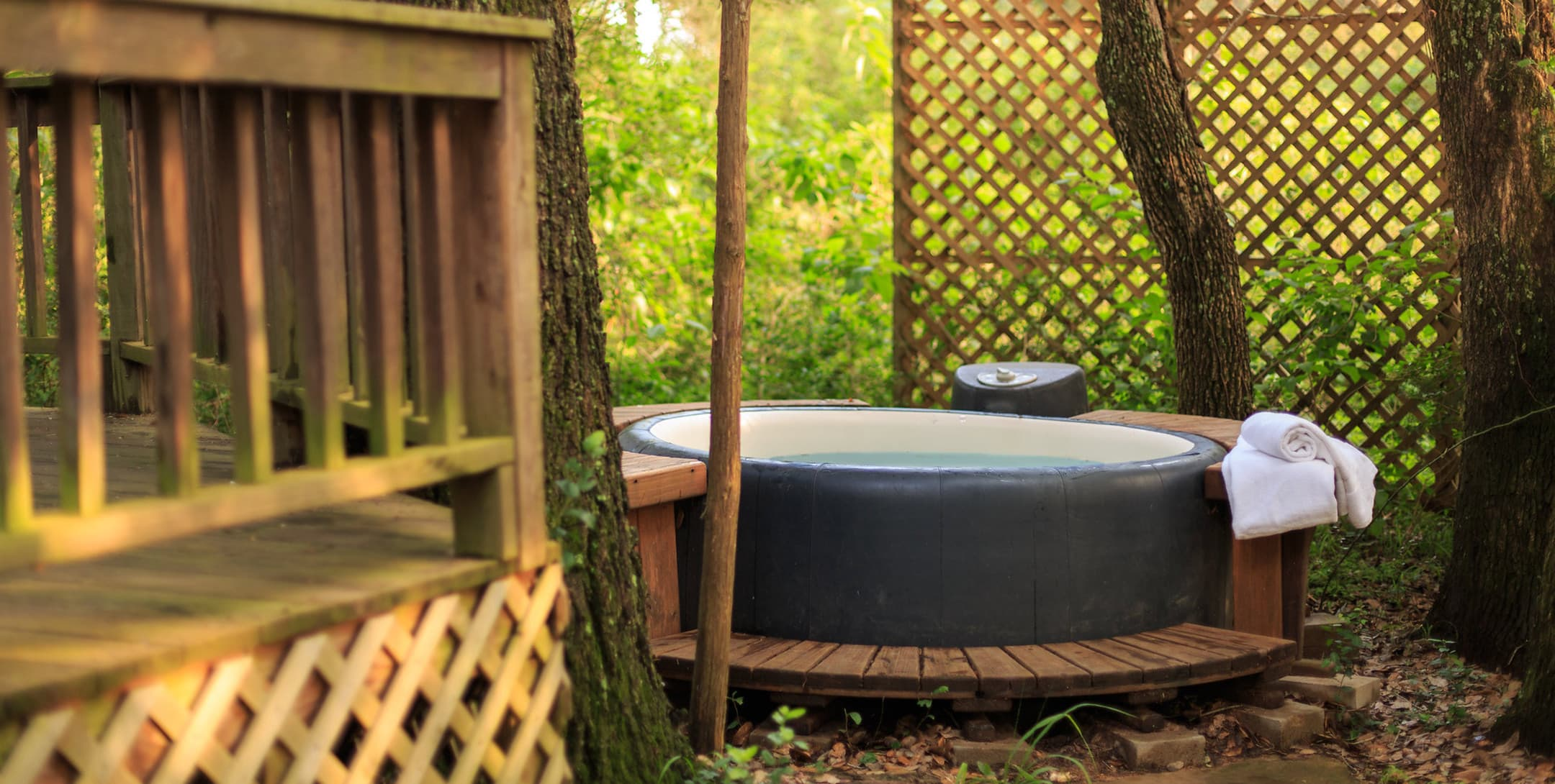 Enchanted Cabin private hot tub