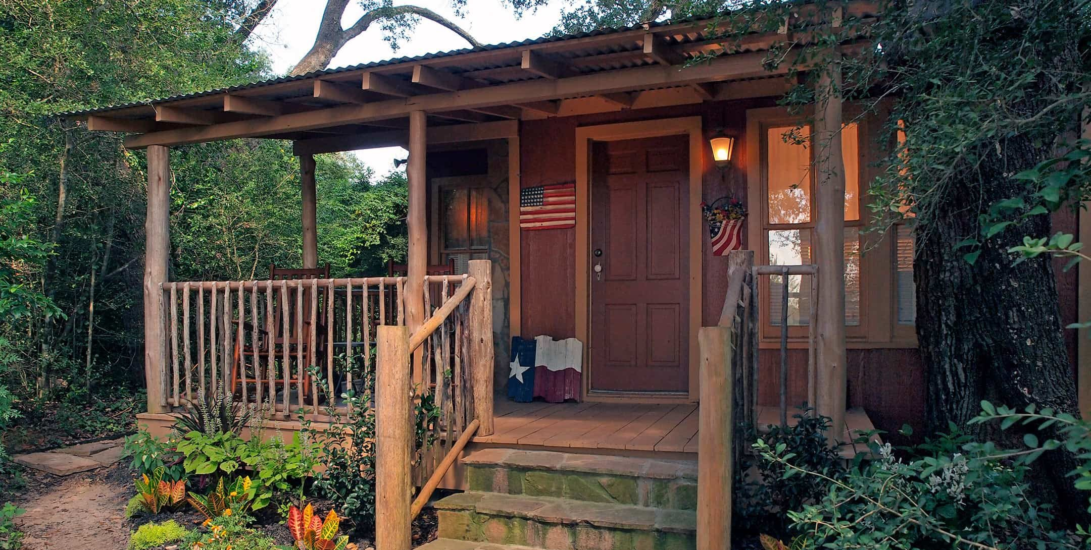 Exterior of Mystic Woods Cabin