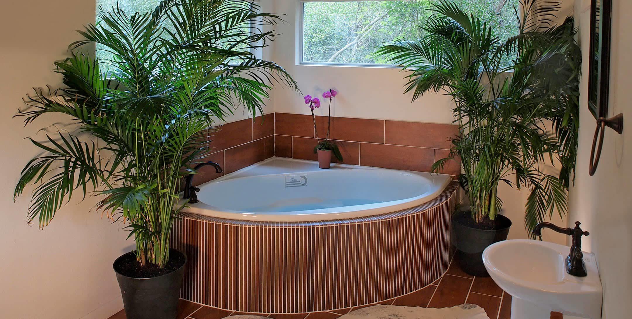 Tub in Mystic Woods