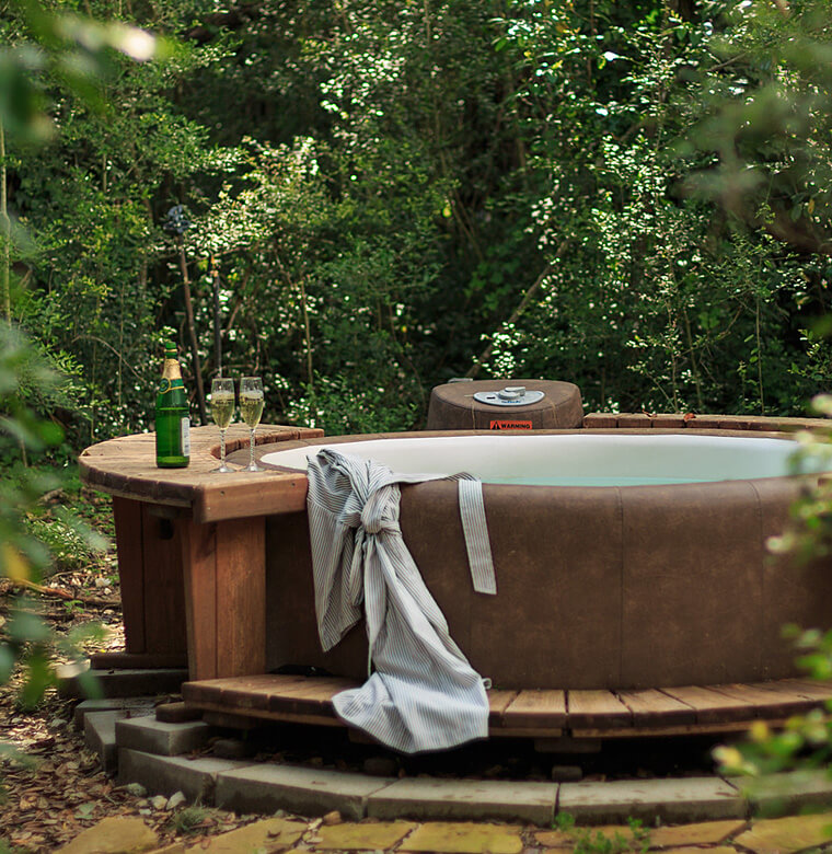 private hot tub and Champagne