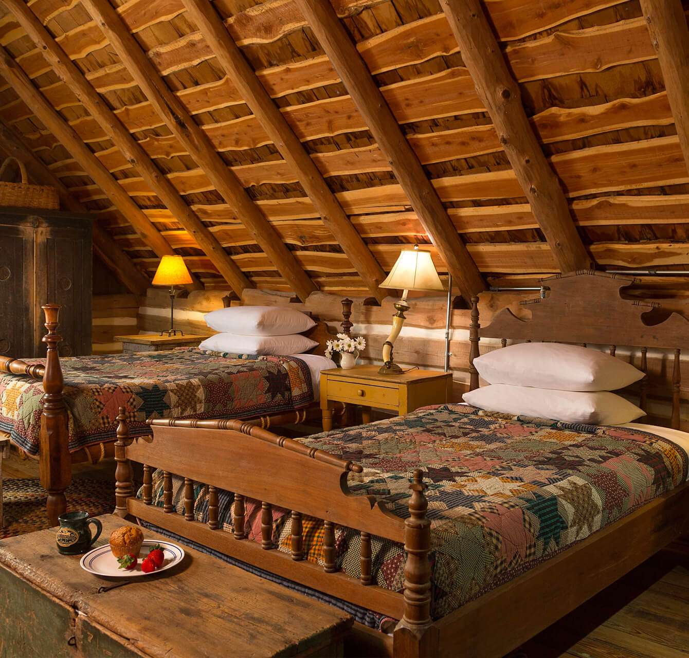 rustic twin beds at Texas guest ranch