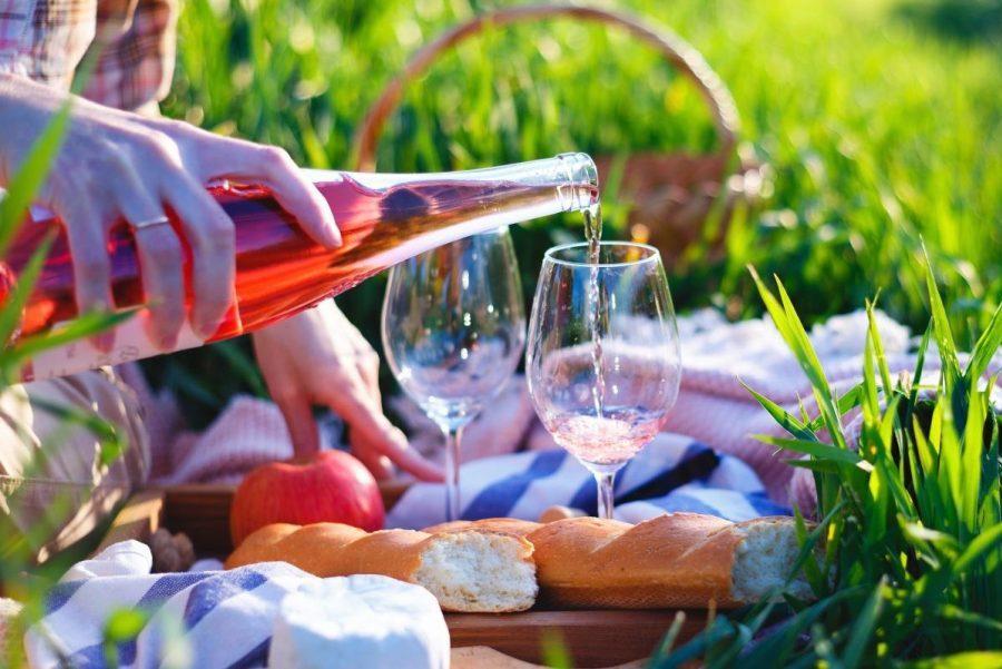 image of a wine picnic on a Texas biking getaway